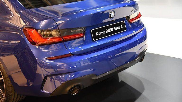 Lario Bergauto presenta la nuova BMW Serie 3 e l'Intelligent Personal Assistant